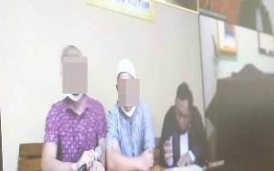 Dua Laki-laki Ini Ditangkap Saat Menunggu Pemesan Sabu