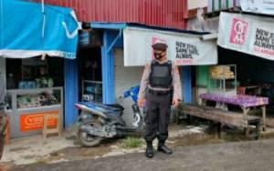 Personel Polsek Kapuas Tengah Rutin Patroli Kawasan Pasar Cegah Kriminalitas
