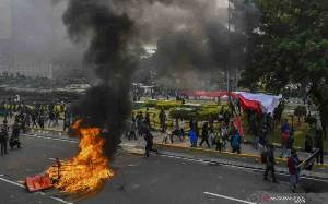 Polisi Awasi 5 Titik Kumpul Buruh di Jakarta Timur