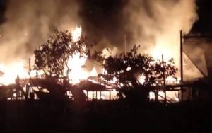 Rumah Terbakar di Tanah Mas Milik Anak Ketua RT