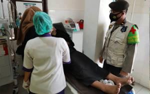 2 Mahasiswi Pingsan Saat Aksi Unjuk Rasa di DPRD Kalteng