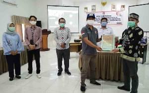 Penyerahan berita acara penetapan DPT tingkat Kabupaten Barito Timur untuk Pilgub Kalteng 2020 kepada Bawaslu