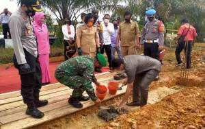 Legislator Apresiasi Pembangunan Gedung SPKT Sanika Satyawada Polres Gunung Mas