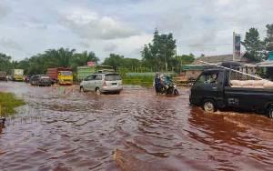 Pemkab Kotim Didesak Normalisasi Drainase dan Anak Sungai di Sampit