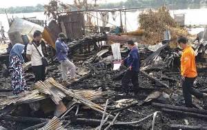 Polisi Amankan Sejumlah Benda dari Lokasi Kebakaran Pasar Sejumput Baamang Hulu