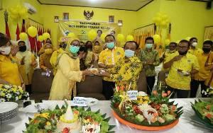 Perayaan HUT Golkar Ditandai Potong Tumpeng Serentak Seluruh Indonesia