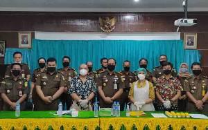 22 Pegawai Kejaksaan Negeri Barito Timur Dites Urine