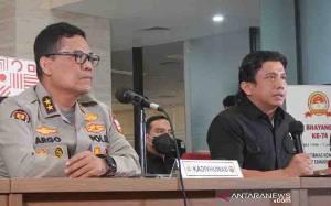 Polri Serahkan Naskah Makalah Kebijakan Kapolri ke Komisi III DPR