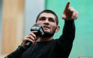 Khabib Nurmagomedov Beri Pesan Menyentuh Usai Kalahkan Gaethje
