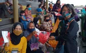 Sambut Sumpah Pemuda ke-92, FBN Palangka Raya Bagikan Masker
