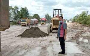 Jalan Pangkalan Bun - Kotawaringin Laman Diperbaiki, Angkutan Bermuatan Berat Diminta Cari Jalur Lain