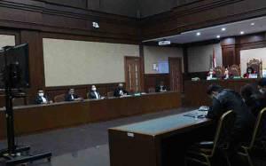 Hakim Wajibkan Pengelola Saham Jiwasraya Bayar Rp 10,728 Triliun