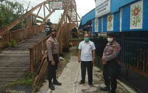Polsek Kapuas Barat Patroli Sampaikan Pesan Kamtibmas Jelang Pilkada