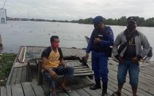 Satpolair Polres Seruyan Ingatkan Warga Tangkal Hoaks