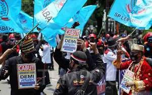 Besok, Puluhan Ribu Buruh Demo di 24 Provinsi Tuntut Pembatalan UU Cipta Kerja