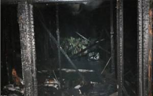 Sebuah Rumah Warga Ludes Terbakar di Kapuas