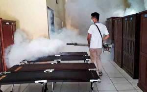 Biddokkes Polda Kalteng Lakukan Fogging di SPN Tjilik Riwut
