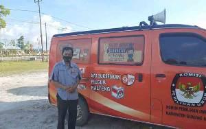 KPU Gunung Mas Manfaatkan Mobil Pintar Sosialisasikan Pilgub Kalteng 2020