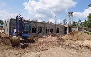 Waktu Pelaksanaan Habis, Pembangunan di RSUD Tamiang Layang Belum Rampung