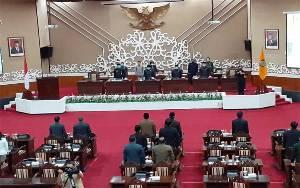 Ini yang Dibahas DPRD Kalteng Dalam Rapat Paripurna ke 7