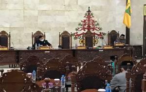 Belum Kuorum, Rapat Paripurna Penyampaian Laporan Hak Interpelasi DPRD Kapuas Diskor