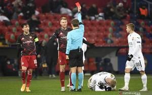 Feyenoord Amankan 1 Poin dari CSKA Walau Tampil dengan 10 Pemain