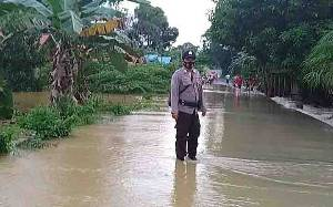 Polsek Dusun Tengah Tingkatkan Patroli di Desa Rawan Banjir