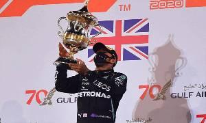 Hamilton Juarai GP Bahrain yang Kaos, Grosjean Lolos dari Maut