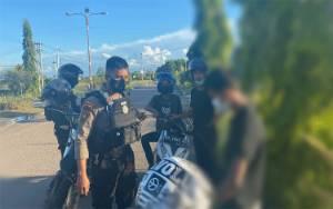 Polisi Amankan 2 Pengendara Motor Saat Balapan Liar di Bandara Tjilik Riwut