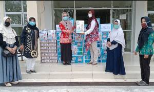 Wive's Forum CBI Group dan Majelis Taklim An Nuriyah Kembali Berikan Bantuan Bagi Tenaga Kesehatan