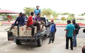 Bupati Seruyan Kembali Serahkan Bantuan Sarana Perikanan