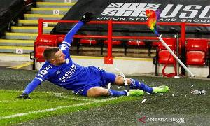 Vardy antar Leicester Perburuk Awal Musim Sheffield United