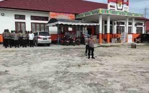 Polisi Kawal Pendistribusian Logistik Pilkada Kalteng 2020 di Gunung Mas