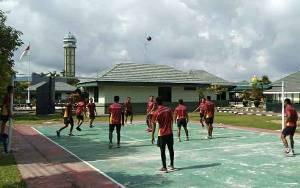 Jumat Sehat, Anggota Kodim Kuala Kapuas Olahraga Bersama Tingkatkan Kebugaran