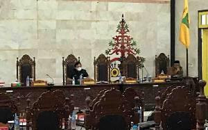 Tidak Kuorum, Paripurna Pemandangan Umum Fraksi DPRD Kapuas Ditunda