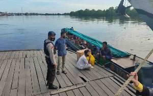 Penumpang Longboat di Kuala Pembuang Diminta Taati Protokol Kesehatan