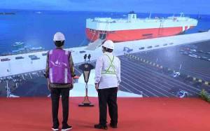 Pelabuhan Patimban Resmi Beroperasi, Ridwan Kamil Lempar Pantun untuk Jokowi