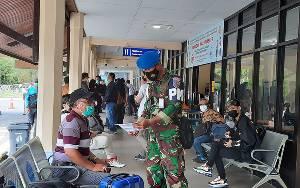 Tak Bawa Rapid Test Antigen, Sejumlah Calon Penumpang Pesawat di Bandara Iskandar Gagal Berangkat
