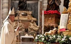 Pesan Natal Paus Fransiskus Serukan Vaksin Covid-19 untuk Semua Bangsa