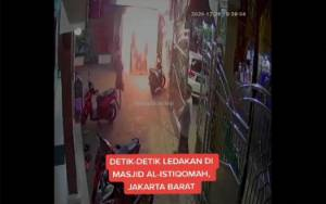 Pria Paruh Baya Ditangkap Lempar Bom Molotov ke Masjid