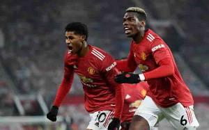 Manchester United Incar Puncak Klasemen Setelah Liverpool Tersandung