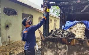 Gudang Pupuk di Kumai Terbakar