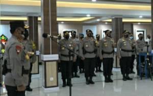 Kapolda Kalteng Pimpin Sertijab Wakapolda dan Sejumlah Pejabat Utama ini, Termasuk Kabidhumas Hendra Rochmawan
