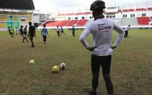 Ganjar Ajak Pemain PSIS Semarang Jajal Stadion Jatidiri