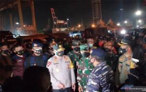 Polda Metro Jaya Turunkan 60 Penyelam Cari Pesawat Sriwijaya Air