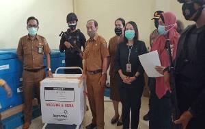 Tiba di Barito Selatan, 910 Vial Vaksin COVID-19 Disimpan di Gudang Farmasi Dinkes