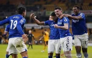 Everton Perburuk Tren Nirmenang Wolverhampton