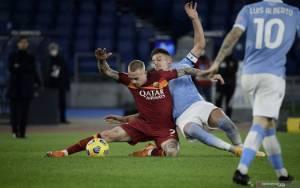 Luis Alberto Sumbang 2 Gol Saat Lazio Bekuk Roma 3-0