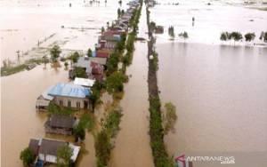 Banjir HST Kalsel Ditemukan 5 mayat, Sejumlah Rumah Hancur