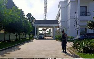 Personel Sabhara Lakukan Patroli ke Rumah Calon Gubernur Kalteng Jaga Kamtibmat